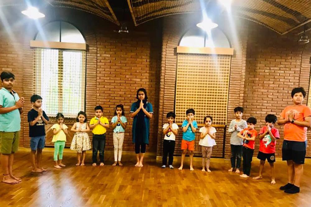Children Theatre Class Silent Posture Session