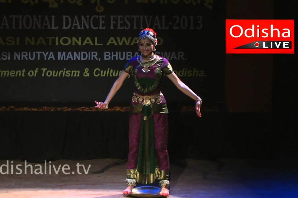 Kuchipudi Dance - Shallu Jindal - Thali Nritya