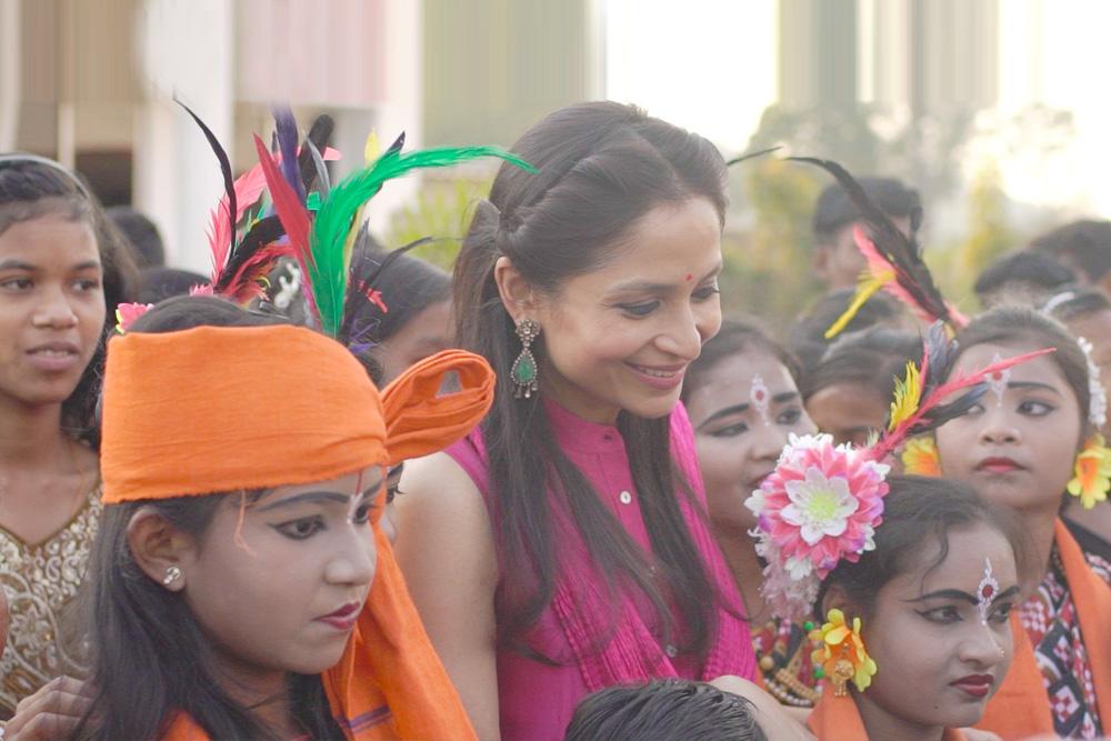 Shallu Jindal with children of JSPL Foundation schools