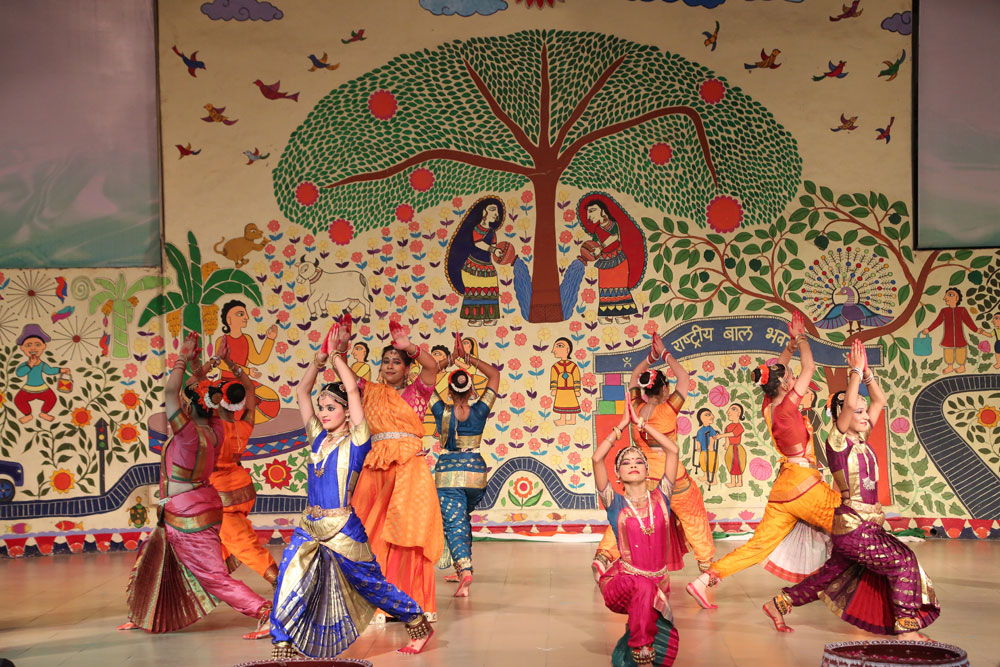 Glimpse of Vande Mataram Dance Tribute at FFOI Event on 72nd Independence Day
