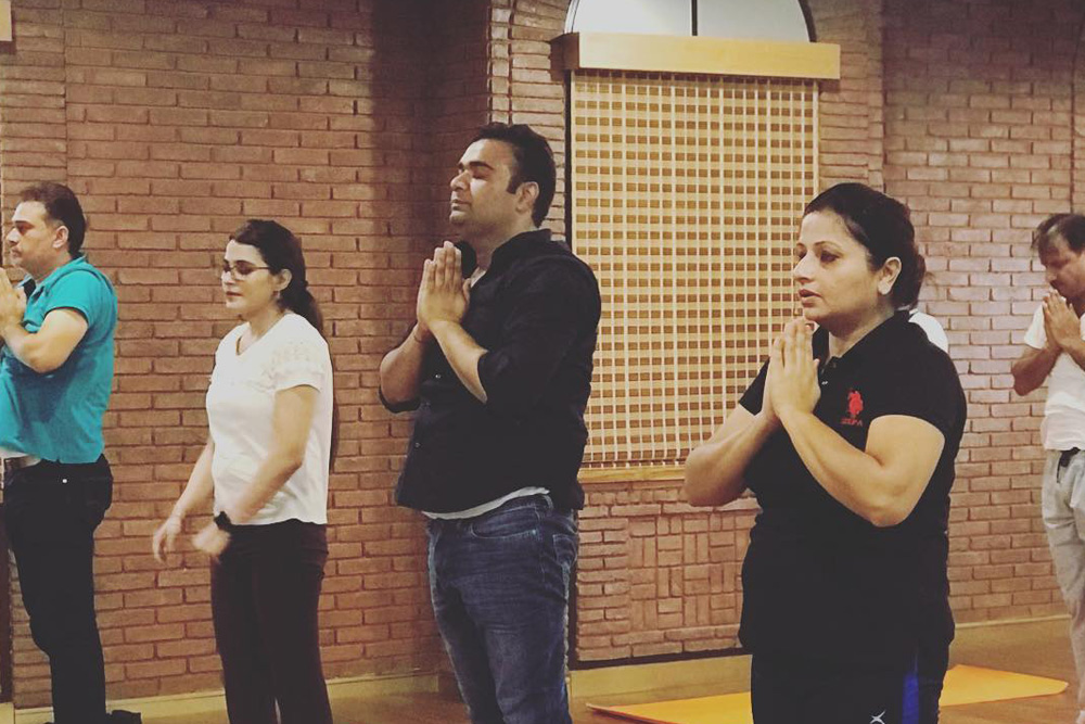 Corporate Yoga Workshop for Improved Postures