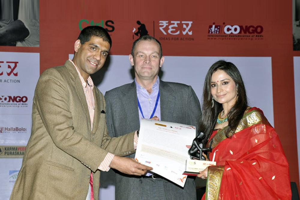 Receiving Rex Karamveer Puruskar